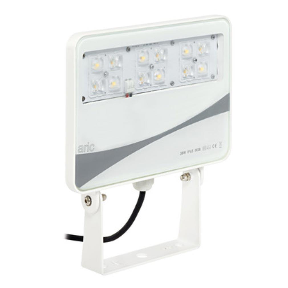 Aric - ARI50303 - ARIC 50303 - SUNSET E- Projecteur Extérieur IP65 IK08, blanc, faisceau 50DEGx140DEG, LED intégrée 38W 4000K 3200 lumens