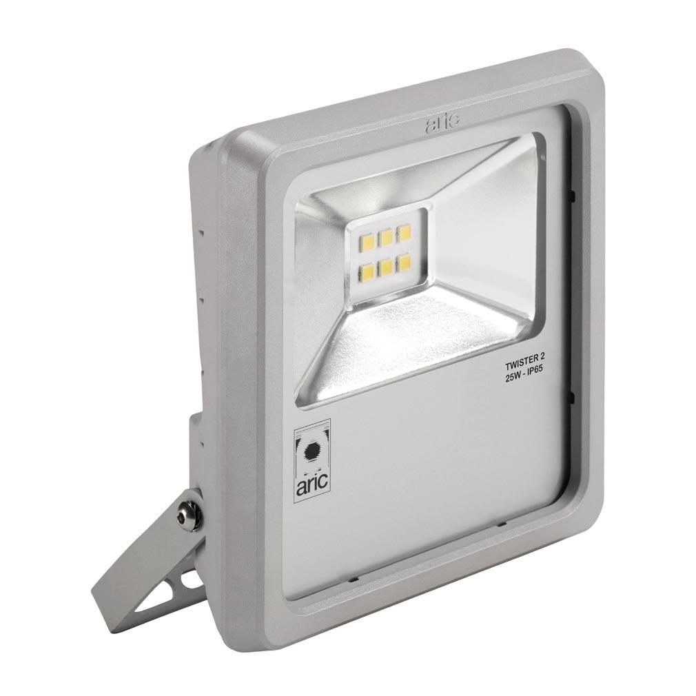 Aric - ARI50461 - ARIC 50461 - Projecteur Extérieur LED IP65 IK08, gris, symétrique, faisceau 110DEG, LED CREE MHB intégrée 25W 3000K, flux sortant 2350 lumens
