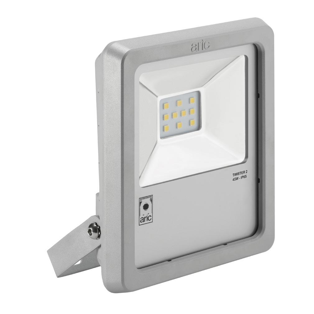 Aric - ARI50462 - ARIC 50462 - Projecteur Extérieur LED IP65 IK08, gris, symétrique, faisceau 110DEG, LED CREE MHB intégrée 45W 3000K, flux sortant 4350 lumens