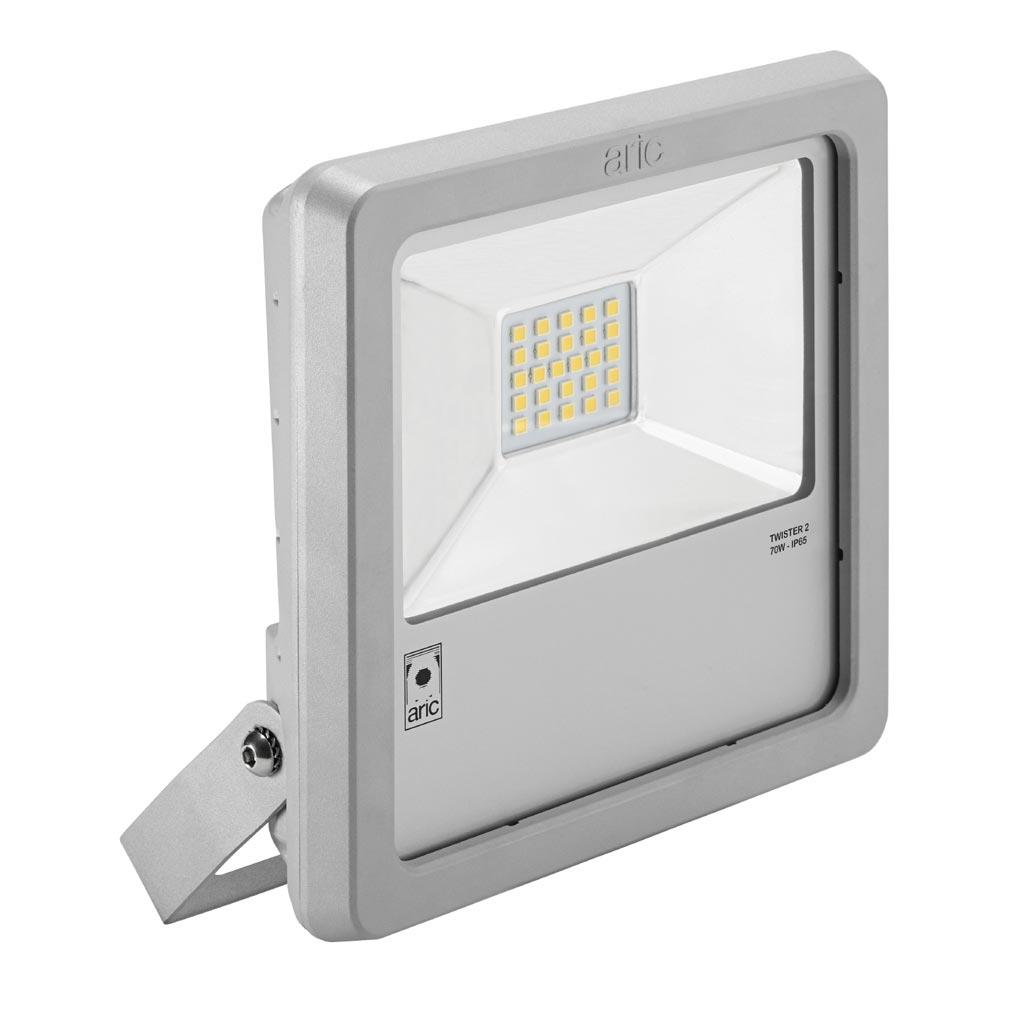 Aric - ARI50463 - ARIC 50463 - Projecteur Extérieur LED IP65 IK08, gris, symétrique, faisceau 110DEG, LED CREE MHB intégrée 70W 3000K, flux sortant 7000 lumens