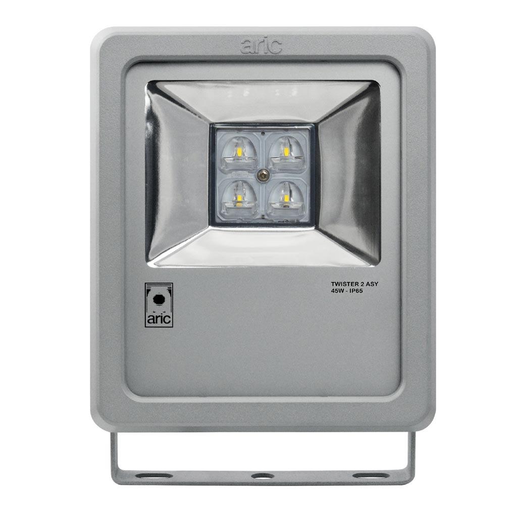 Aric - ARI50484 - ARIC 50484 - Projecteur Extérieur LED IP65 IK08, gris, asymétrique (faisceau 55DEGx140DEG), LED CREE intégrée 45W 4000K, flux sortant 4100 lumens