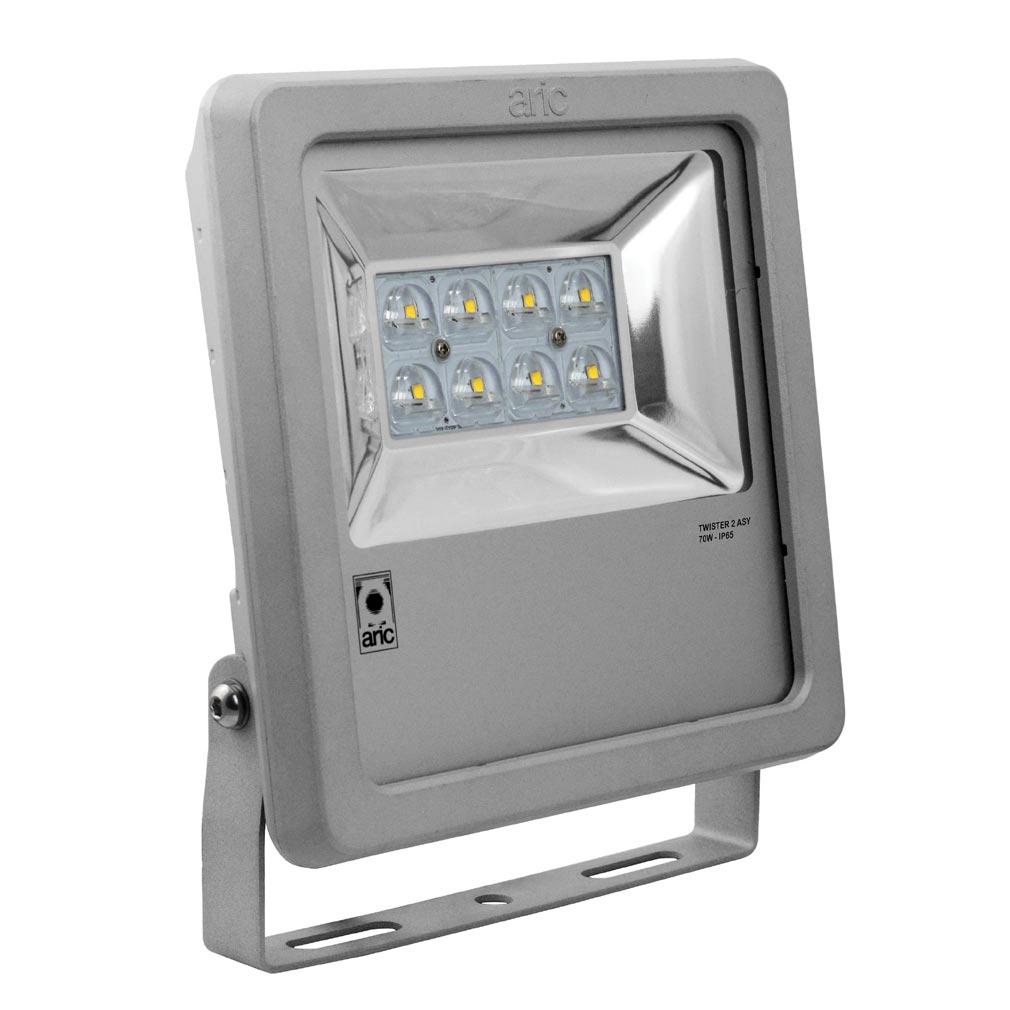 Aric - ARI50485 - ARIC 50485 - Projecteur Extérieur LED IP65 IK08, gris, asymétrique (faisceau 55DEGx140DEG), LED CREE intégrée 70W 4000K, flux sortant 6300 lumens